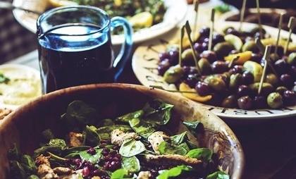 Вредно ли пить во время еды?