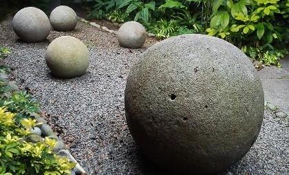 Каменные сферы Коста-Рико